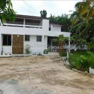 5 bedroom house with 2 staff quarters for rent in